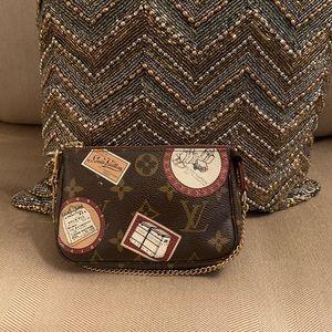 Articles De Voyage Louis Vuitton Mini Pouchette